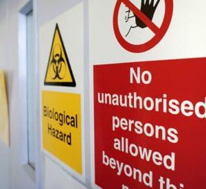Accueil sécurité en laboratoire de biologie